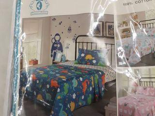 QUEEN lINENS 100  Cotton 200TC Kids dinosaur sheet set