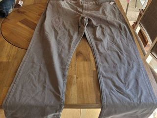 OlD NAVY STRAIGHT lEG GREY JEANS SIZE 44 X 34