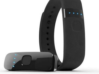 iFit link Activity Tracking Wearable with Convenient lED Display