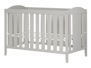South Shore Angel Crib with Toddler rail  Retail 229 98