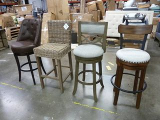 Lot of 4 Barstools