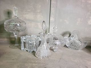 lot of Devine Quality Crystal Pieces
