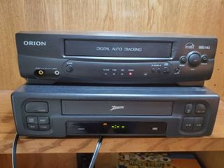 lot of 2 VHS Players Tested and Working