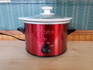 Ruby Red 1 5 Qt Cooks Slow Cooker