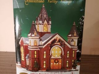 Heartland Valley Village Deluxe Porcelin lighted House