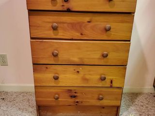 5 Drawer Chest of Drawers 27 x 14 x 40