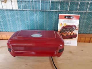 Meat Ball Maker By Bella