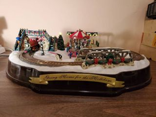 Going Home for Christmas Train Set   Tested and Works   with Extra Pieces