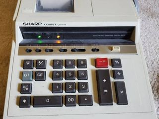 Sharp Electric Printing Calculator  Tested and Working