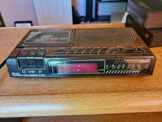 Cosmo FM Am Electronic Clock and Cassette Player  Tested and Working
