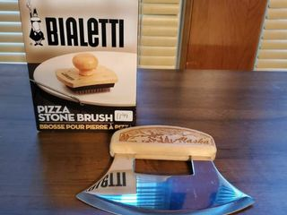Bialetti Pizza Stone Brush and Pizza Cutter