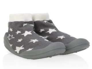 Nuby Snekz Comfortable Rubber Sole Sock Shoes for First Steps  Grey Stars Small 7 14 Months