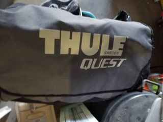 Thule Quest car top luggage carrier