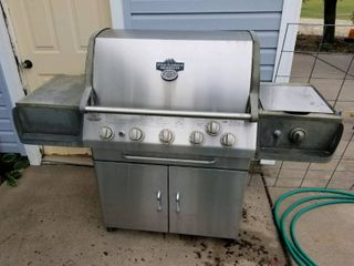 Pinnacle 5 burner bar b que grill with side burner  works  no bottle