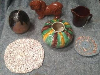 Mixed pottery pieces