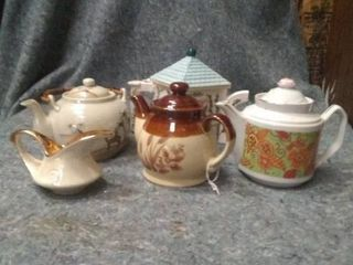 5 Ceramic Decorative tea pots