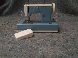 Vintage kids sized sewing machine
