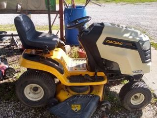 Cub Cadet lTX 1045 Riding lawn Mower