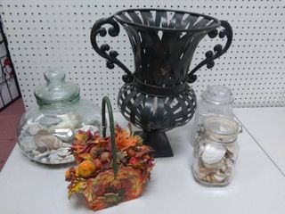 lot of Mixed Decor Pieces