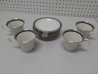Edgerton Solitaire Cups and Plates 14pcs
