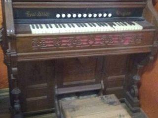 Vintage Pump Organ   Made by Abernathy Music Co in Ottawa  KS