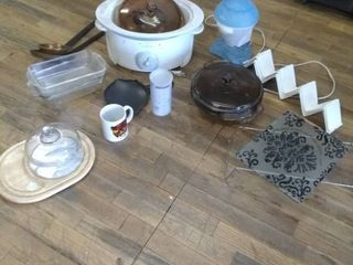lot of Assorted kitchen wear items