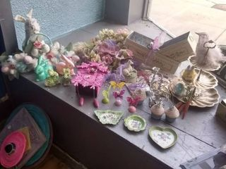 lot of Easter Decorative Pieces
