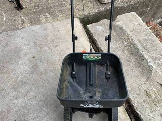 lawn seed spreader