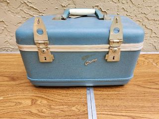 Blue AIRWAY Train Case  with Pink Inside