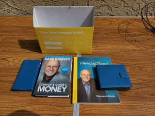 Dave Ramsey Finnancial Freedom Workbook and Cds