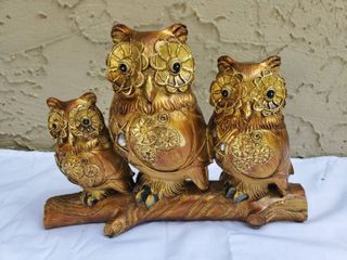 lot with 3 Painted Owls with Jewls on a limb