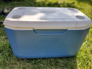 Blue and White Coleman Cooler with Top Cup Holders and DRAIN Spout
