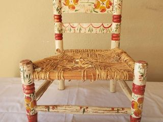 Hand Painted Childrens Wicker Chair   Decorations Only   Needs TlC