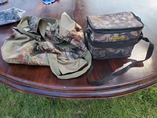 lot of 2 Camo Bags  1lunch Box  1 Gym Bag