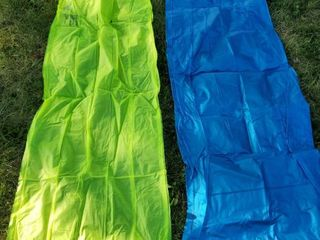 lot of 2 Inflatable Pool Toys