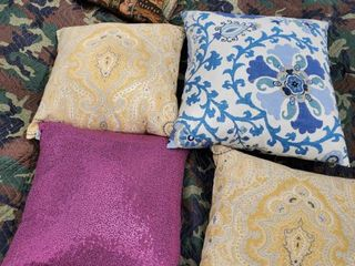 lot of 5 Miscellaneous Pillows