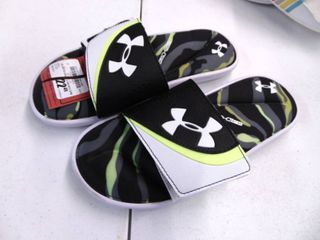 Under Armour Sandals 6 Youth