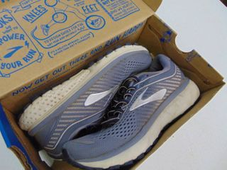 Brooks Ghost 12   Womens 6