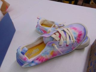 Austin Trading   Multi colored Shoe   Womens 5
