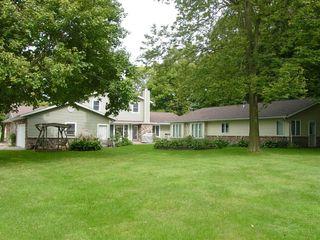 Richard & Bonnie Troyer Real Estate Auction