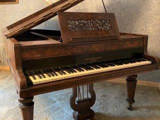 BEAUTIFUL JOHN BROADWOOD & SONS SHORT GRAND PIANO