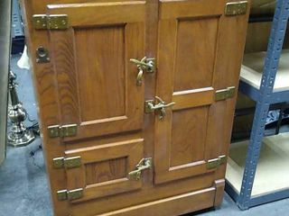 Wood Finish Icebox 32x17x43