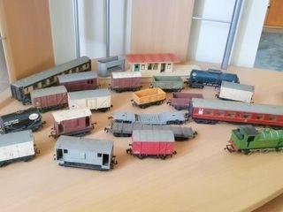 Metal Train Pieces