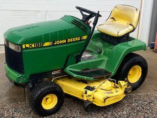 John Deere LX180 Lawn Tractor
