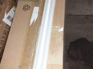 AmazonBasics 17 Watt 36 000 Hours 2100 lumens lED T8 light Bulb   4 Foot  Pack of 12  Cool White
