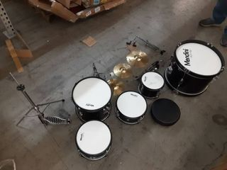 Mendini Drum Set  USED