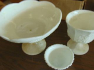lot of milk glass   bowl fruit bowl cup