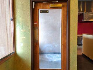 Door With Door Chime  Buyer Responsible For Removal