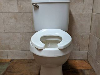 Toilet  Brand Unknown  Buyer Responsible For Removal