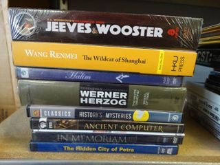 Jeeves   Wooster 8 DVD set in plastic   7 assorted DVDs